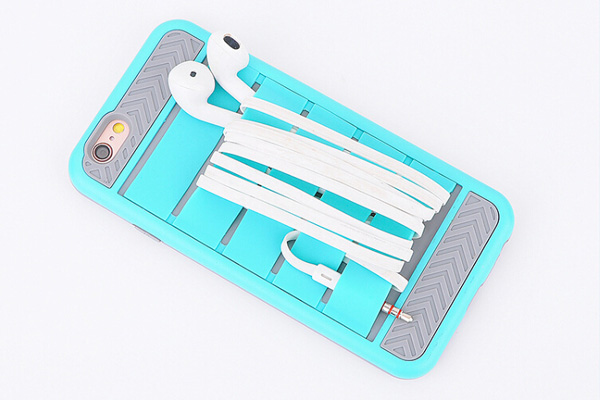 Multifunctional cellphone case